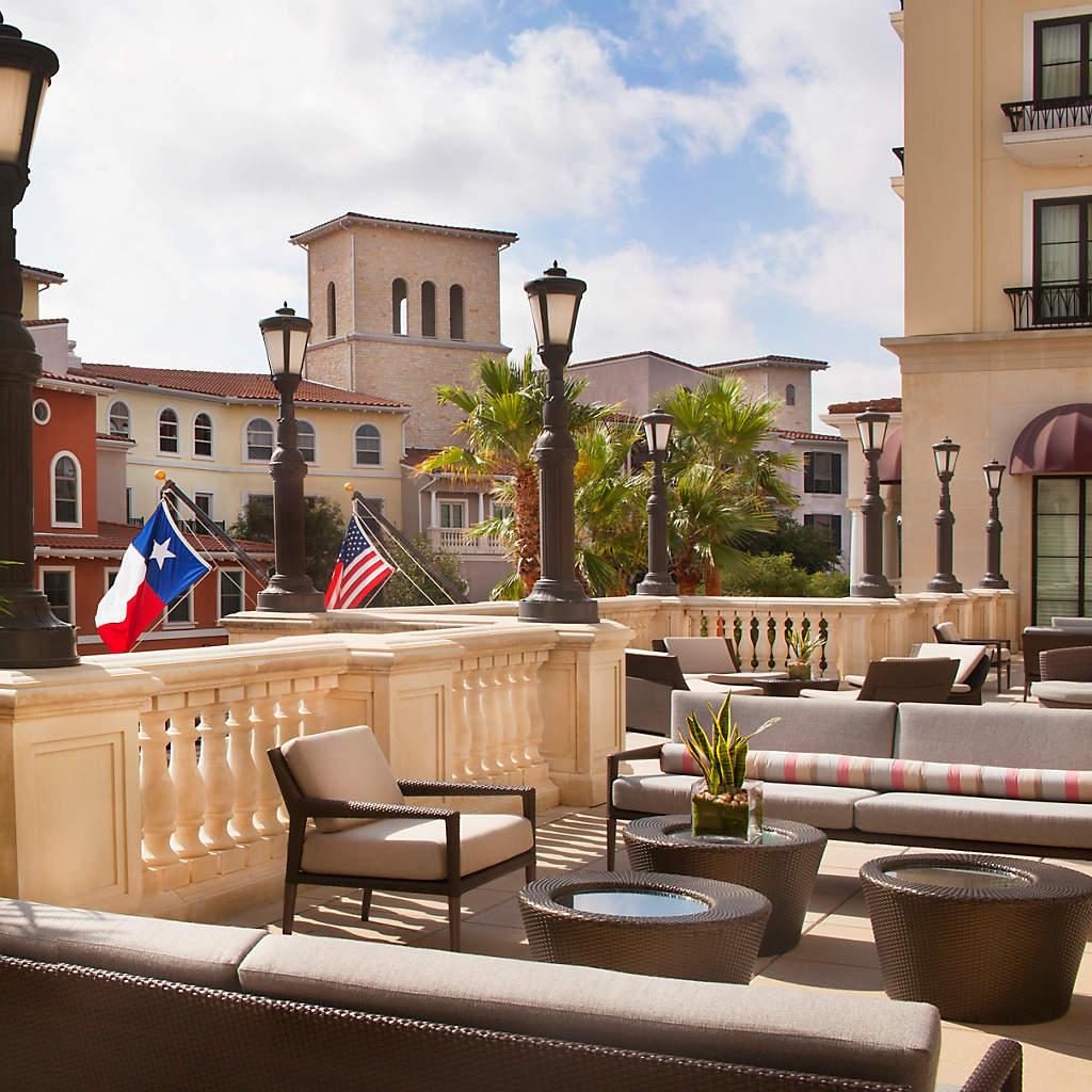 eilan-hotel-spa-outdoor-terrace